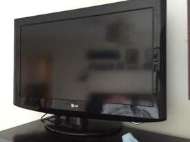 "LG Full HD 32"" TV"
