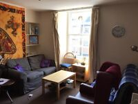 Double bedroom in Student Flat - Newington