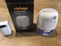 Challenge Mini-Dehumidifier
