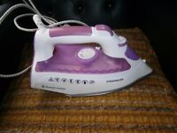 RUSSEL& HOBBS STEAM IRON excellent condition like new