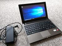 Medion Akoya netbook Windows 10 500GB HD Touchscreen