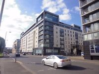 Spacious 2 Bedroom Unfurnished Wallace St Apartment Minutes Walk from Glasgow City Centre (ACT 17)
