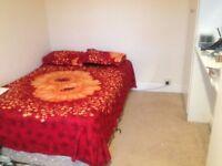 Double bed room near NN1 Northampton town
