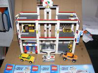 LEGO CITY 4207 OCTAN GARAGE WITH INSTRUCTIONS NO BOX FEW SMALL PARTS MISSING RARE SET