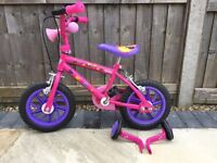 Minnie Mouse Bow-tique girls bike, for 3-5 year old, excellent condition, rarely used.