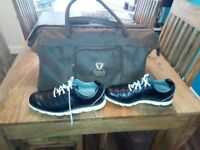 NEW BROWN LEATHER GOLF HOLDALL OF LARGE SIZE