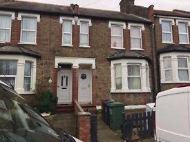 3 Bedroom Fully furnished house TO LET in South Harrow