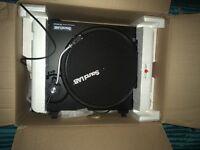 Like new Soundlab G056C turn table - BARELY USED