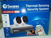 SWANN Thermal-Sensing Security System 1080p