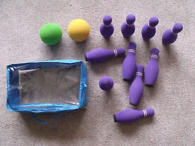 INDOOR SKITTLES WITH CARRY BAG