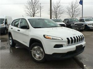 2016 Jeep Cherokee *SPORT*DEMO, ONLY 2108  KMS ON IT*COLD WEATHE