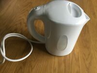 Russell Hobbs travel kettle and mugs