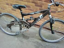 Saracen Awol mountain bike.
