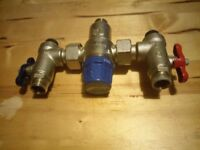 Saracen Thermostatic Mixing Valve 15mm