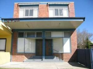 Furnished 4br Townhouse Park-like area near University/Shops/Bus Shortland Newcastle Area Preview
