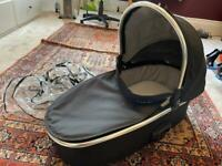 Oyster 2 / Oyster Max pram carrycot with raincover