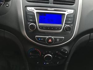 2014 Hyundai Accent GL/PRICED FOR AN IMMEDIATE SALE/ LOW, LOW KM Kitchener / Waterloo Kitchener Area image 18