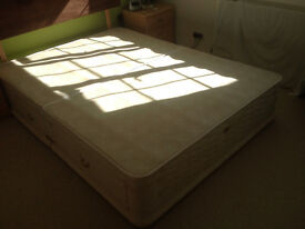 double bed - Kingsize (SEALY) (used) for sale