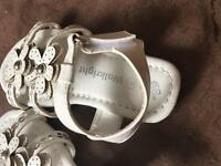 Toddler sandals size 4 new