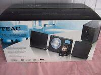 Teac Ultra Thin Hi-Fi System MC-DX460I dab