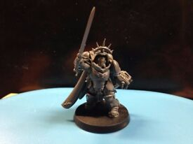 Warhammer 40K Primaris Captain in gravis armour