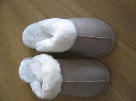 beiges slippers size 8 new