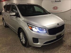 2016 Kia Sedona LX+ - factory warranty, bluetooth, heated seats