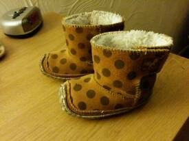 Baby booties, size 2 6-12 months