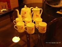 COFFE SET IN BONE CHINA WITH ROSE PATTERN