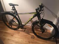 Scott Scale 960 XL 16 Mountain Bike (like new condition)