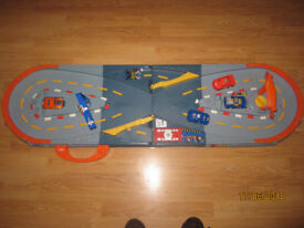 Playskool Speedstars - Brilliant fun with cars smashing into each other with body shells flying