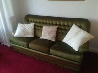 Settee/Sofa Parker Knoll Sofa. 3 seater and 2 arm chairs