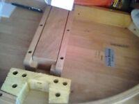julian bowen table