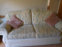3 PIECE SUITE - 3 SEATER SOFA AND 2 ARMCHAIRS - GREAT CONDITION
