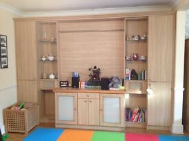 Fitted wall unit - amazing storage
