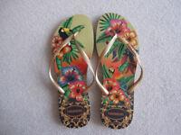 Havaianas Flip Flops Women Slim Tropical, size Brazilian 41/42 (USA 11/12W) (EUR 43/44) (UK 8.5)