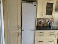Integrated fridge/freezer