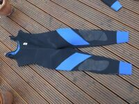 SCUBAPRO SEMI DRY 2 PEICE SCUBA DIVING SUIT