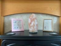 New natural Himalayan salt stone lamp
