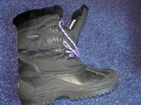 Capri snow boots size 8 sell/swap