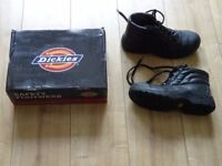 NEW Dickies steel toecap boots size 8 - EU 42 safety boots