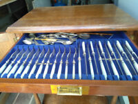 VINTAGE CUTLERY CANTEEN 4 DRAW CHEST