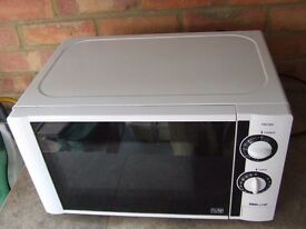 PROLINE KM19W MICROWAVE...FULLY WORKING ...EXCELLENT CONDITION....