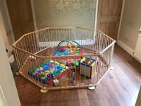 As new baby play pen