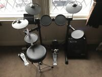 Yamaha DTX450 Electronic Drum Kit with Amp & Accessories, Mint Condition! Still Under Guarantee!