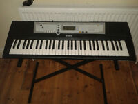 Yamaha YPT200 Keyboard with power supply and stand