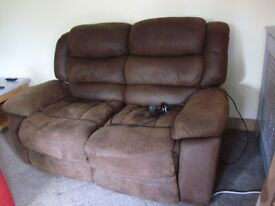 sofas 2 leather look recliners