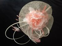 Jacques Vert nude/coral fascinator