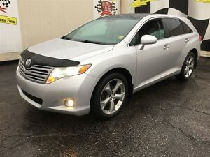 2011 Toyota Venza Automatic, Navigation, Leather, Sunroof, AWD
