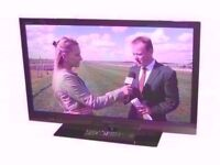 """SONY 32"""" LED TV FULL HD 1080P / LED TV, USB, HDMI AND LAN CONNECTIONS"""